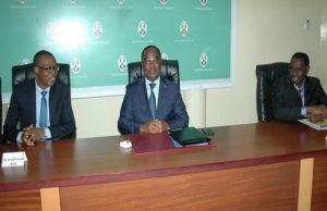 Le Premier ministre, Komi Selom KLASSOU et les responsables de la BAD