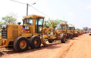 Des engins pour la réhabilitation des pistes rurales