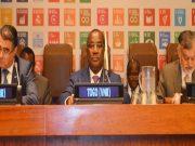 Le Premier ministre Komi Sélom Klassou (au milieu)