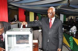 Le Président de l'Assemblée nationale Dama Dramani lors du vote