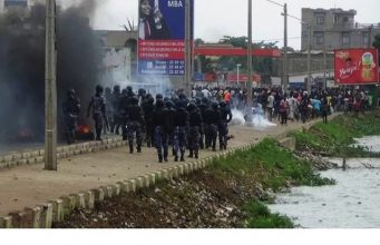Face à face entre manifestants et forces de l'ordre