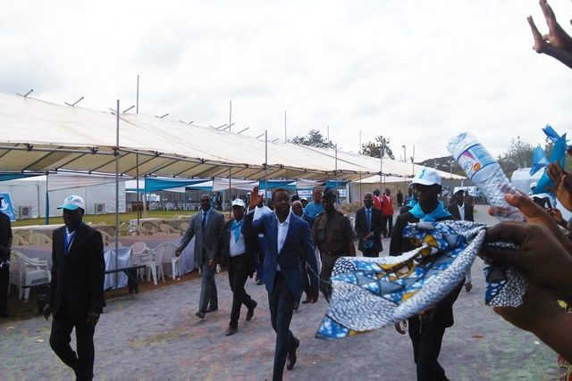 Arrivée de Faure Gnassingbé au stade Dr Kaolo de Tsévié