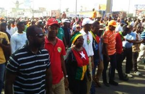 Des leaders de la coalition lors de la marche
