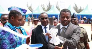 Inauguration de l'usine Do Pharma par Faure Gnassingbé