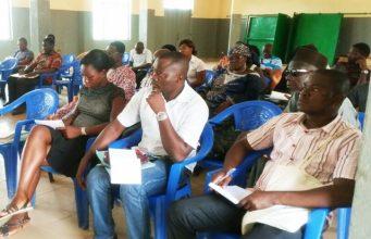Une vue des participants à la rencontre d'échange