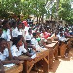 Des élèves du lycée d'Agoè Centre lors de la sensibilisation