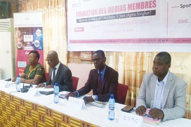 Des responsables de l'ESMC et du RéMEDD-Togo à l'ouverture des travaux