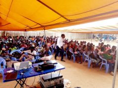 Une image des participants au forum