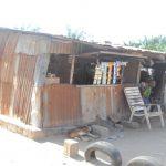 Une maison entièrement construite avec des tôles rouillées au quartier DEMAKPOE