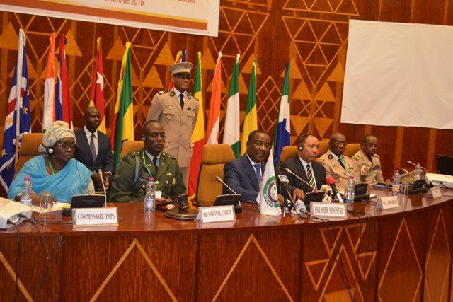Premier ministre Komi Sélom Klassou, présidant la réunion