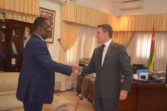Premier Ministre Komi Sélom KLASSOU et Thierry FERAUD