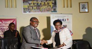Les ministres Guy Madjé Lorenzo et Victoire Tomégah-Dogbé