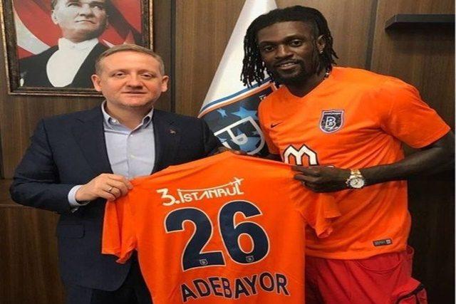 Emmanuel ADEBAYOR signe un contrat avec l'Istanbul Basaksehir en Turquie.