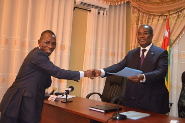 Gilbert Bawara et le Premier ministre