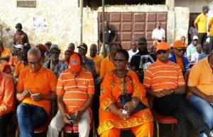 Des responsables du CAP 2015 au cours du meeting