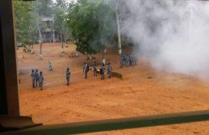 Des scènes d'affrontement sur le campus