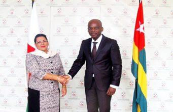 Mme Béatrice Atallah avec le Ministre Robert Dussey