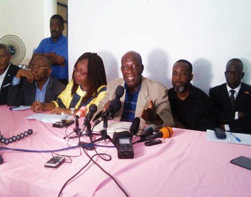 Des responsables de la coalition de l'opposition face à la presse ce mardi à Lomé