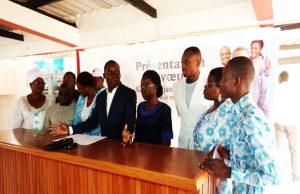 Des membres du Bureau National du MJU
