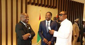 Discussion entre les trois Chefs d'Etat