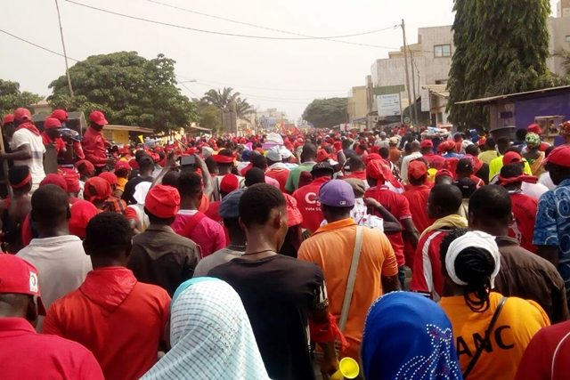 Une image de la marche à Lomé