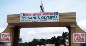 Entrée principale du CHU-SO de Lomé