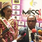 Mlle Cornelia Dédévi Adomayakpo et M. Gaspard Baka