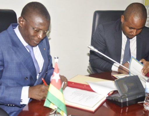 Les Ministres Ninsao Gnofam et Jean de Dieu UWIHANGANYE