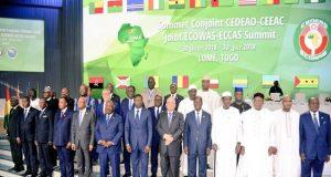 Photo de famille des Chefs d'Etat à Lomé
