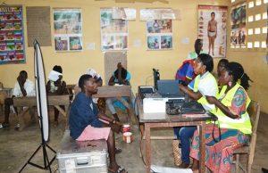 Opération de recensement dans un centre