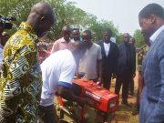 Remise de matériels agricoles (©Présidence Togo)