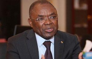 Payadowa Boukpessi, Ministre de l'administration territoriale