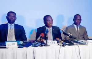 Le Commissaire général de l'OTR (au milieu) ©TBN