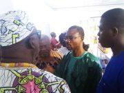 Sama Essohamlom (2è de la droite) au marché de l'ESMC
