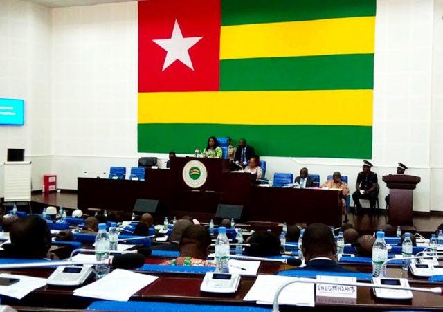 Les députés à l'Assemblée nationale (©ROT)